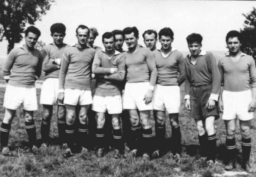 fotbalova-jedenactka-z-roku-1961mini